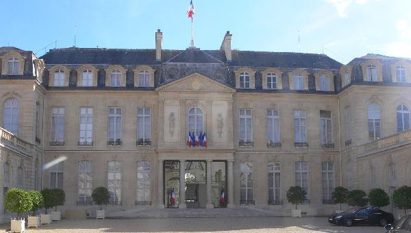 Image pour l'enquête 100.000 propositions citoyennes pour la France