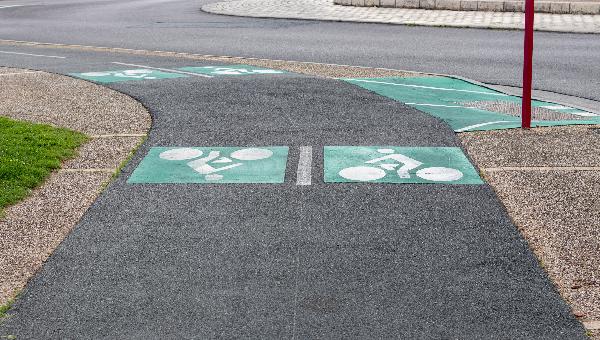 Image pour l'enquête Pistes cyclables en ville : bonne ou mauvaise idée ?